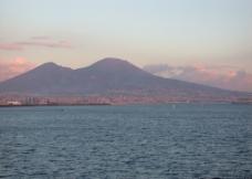维苏威火山图片
