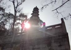 阳光塔图片