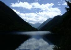九寨沟的山和水图片