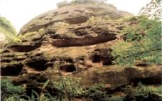 七层楼(丹霞洞穴)图片