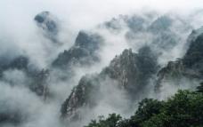 尧山云雾图片