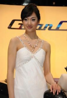 2010年北京车展 玛莎拉蒂车模 韩璐图片