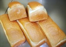 奶黄平治方包图片