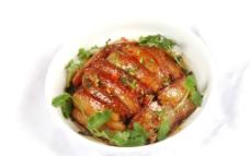 香嫩梅菜扣肉图片