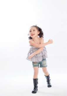 混血小女孩图片