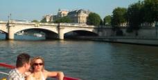 巴黎 塞纳河景色图片