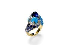 藍色鉆石戒指圖片