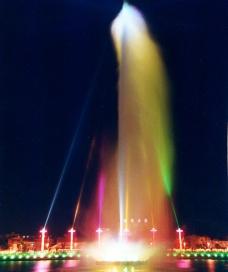 河源亚洲第一高喷泉图片